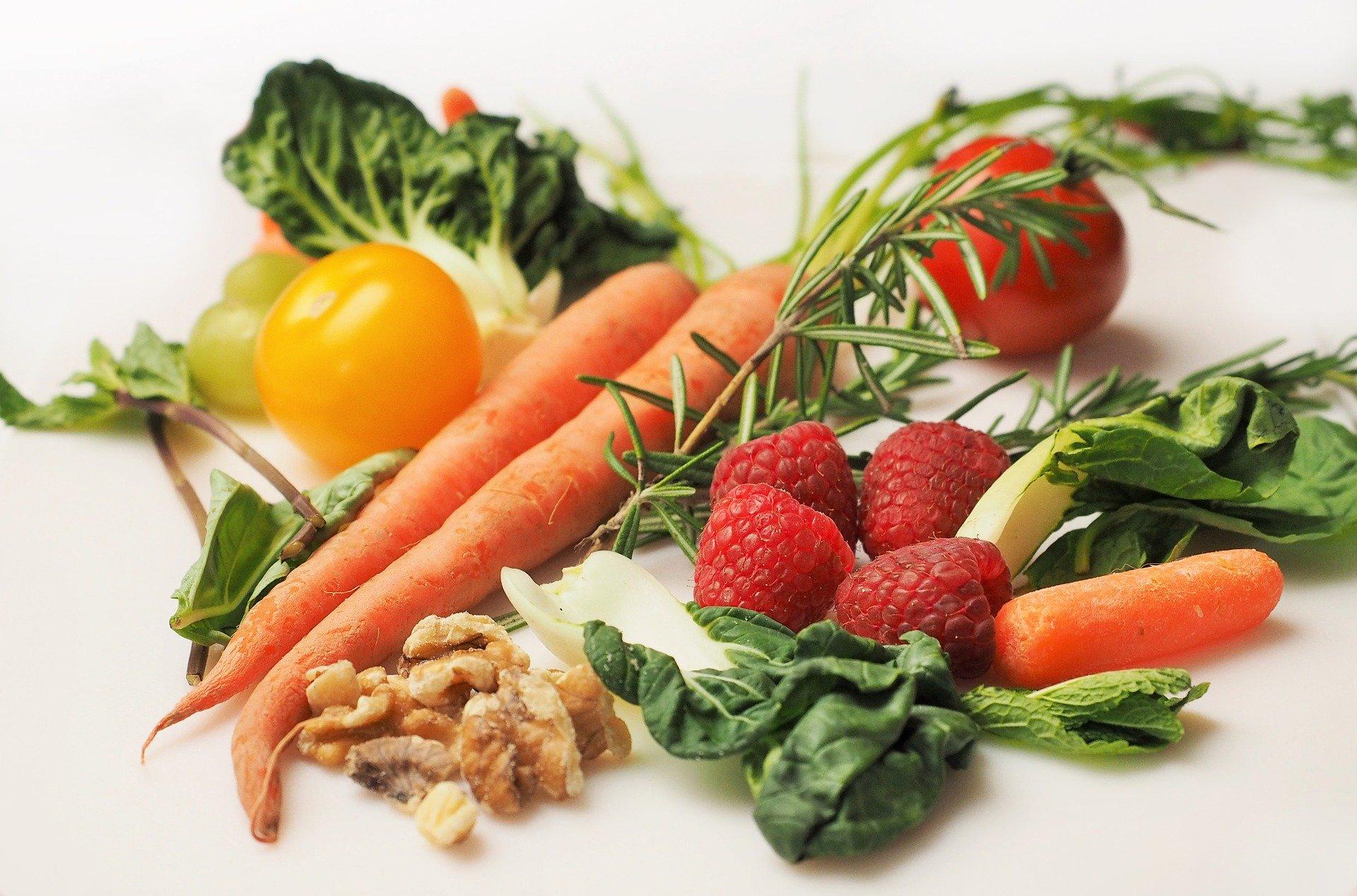 Una alimentación variada y saludable ayuda a nuestra salud